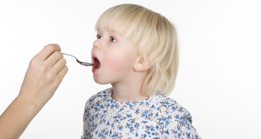 как давать сироп парацетамола детям
